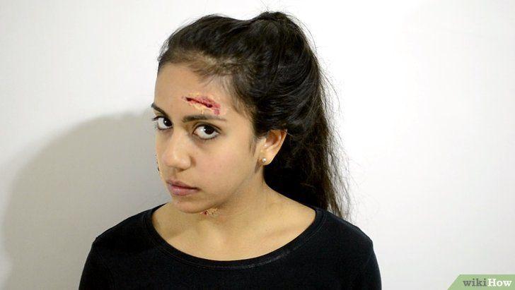 Titel afbeelding Apply Zombie Makeup Step 16