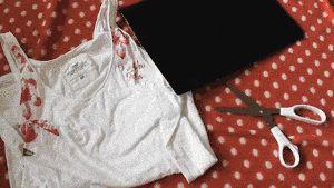 Hoe franjes aan een shirt te maken
