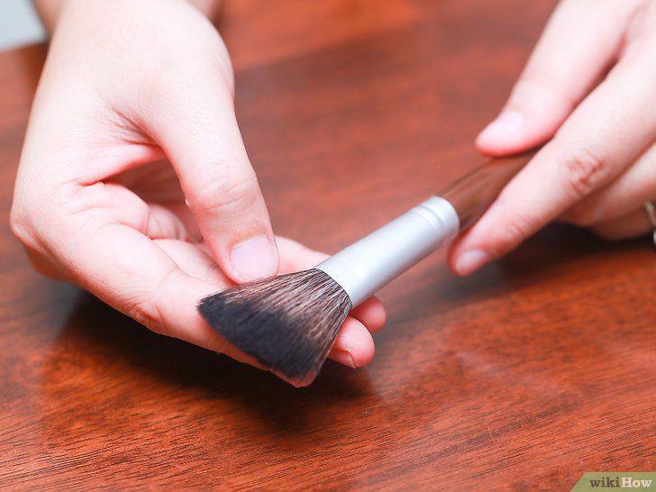 Hoe make-up penseel te reinigen