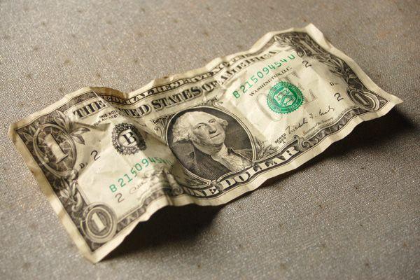 Maak verfrommelde rekeningen glad